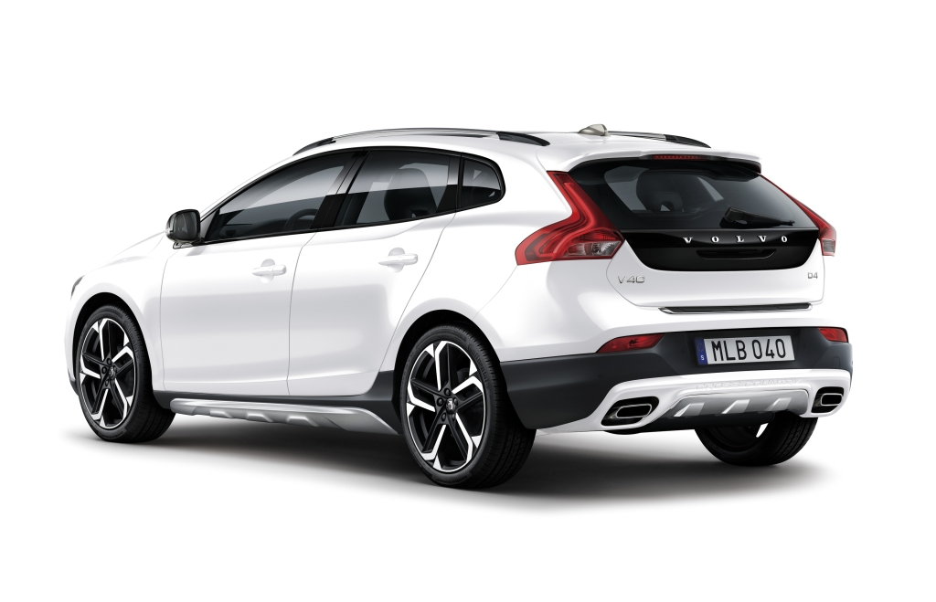 2018-Volvo-V40CrossCountry-D4-Aktive-Edition-1024-22.jpg